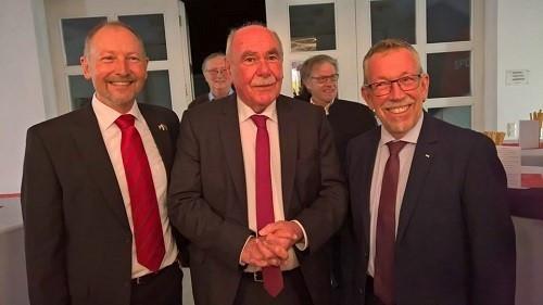 Empfang des Festredners Ivo Gönner, Oberbürgermeister a. D. der Stadt Ulm und Dr. Karl-Heinz Brunner, MdB durch den SPD Ortsvorsitzenden Volker Barth.