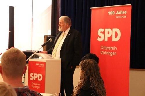Grußwort durch den Vöhringer Bürgermeister Karl Janson.